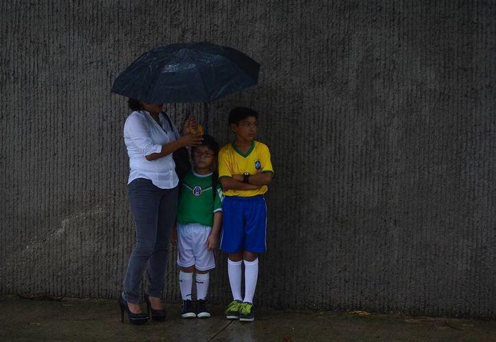 La lluvia del martes fue intensa en Mérida. (Luis Pérez/SIPSE)