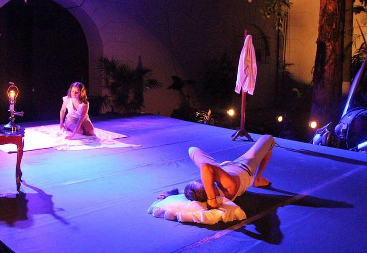 El espectáculo suizo 'Per Te' despertó tal interés en los meridanos que en dos días se agotaron las entradas para apreciarlo en el Teatro 'Peón Contreras'. (Foto cortesía del Ayuntamiento)