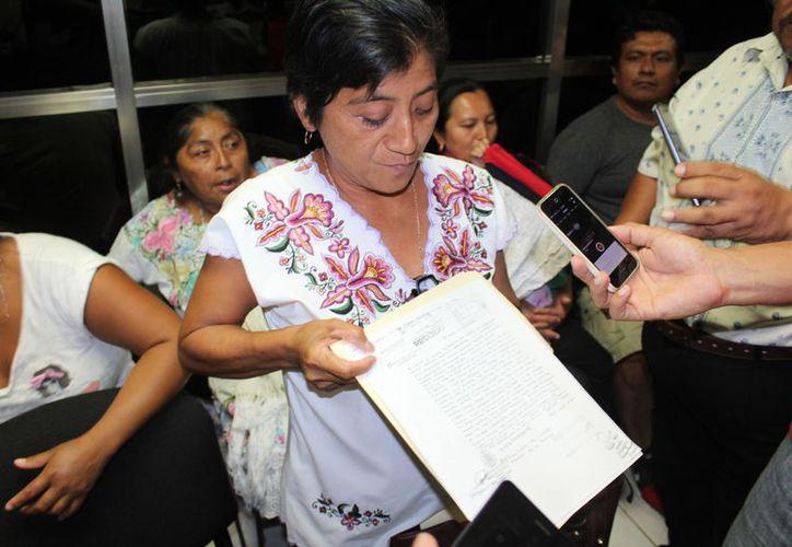 Collí Chuc dejó en claro que el documento sellado fue por parte de la Secretaría de Gobierno del Estado. (Joel Zamora/SIPSE)