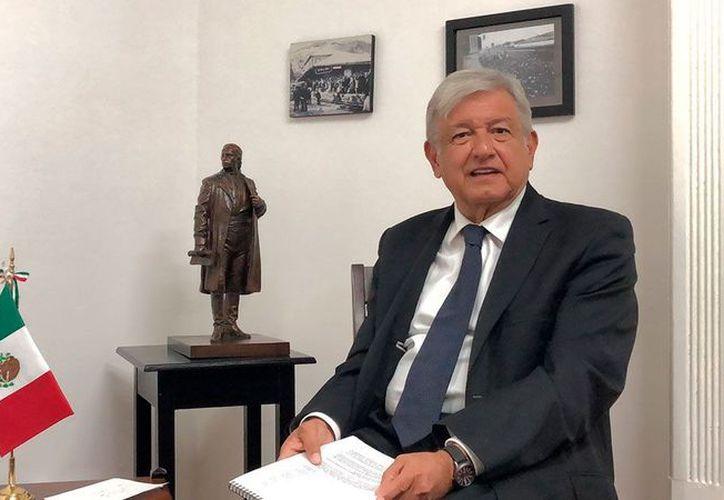 López Obrador argumentó que la Organización de Aviación Civil Internacional (OACI) ya presentó un informe en el cual consideró viable la operación simultánea del actual Aeropuerto Internacional. (El Economista)
