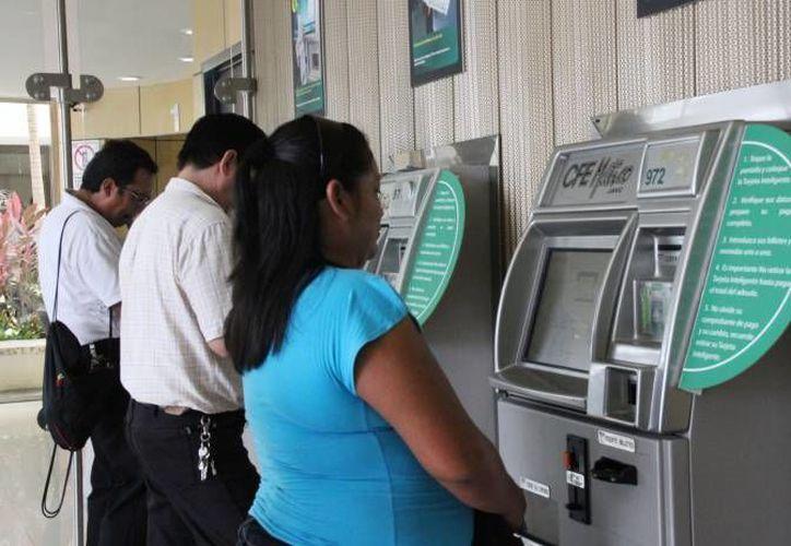 Según la CFE, los yucatecos son ejemplo a nivel nacional cumpliendo con sus pagos de la luz. (Imagen ilustrativa/ SIPSE)