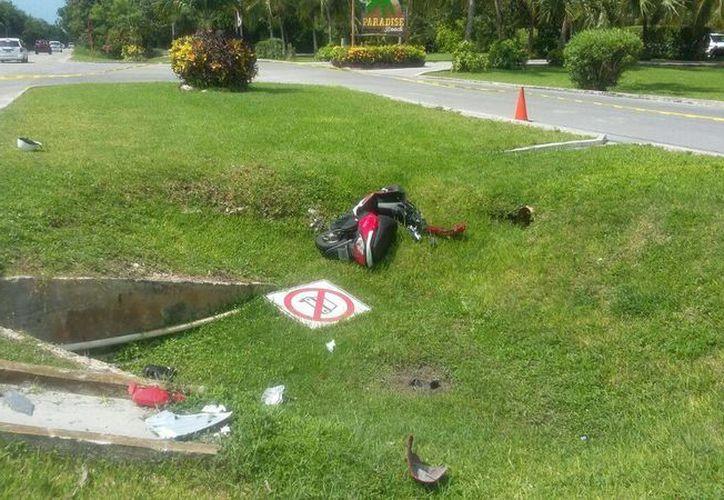 """El accidente se registró en la zona sur de la isla frente al club de playa """"Paradise. (Irving Canul/SIPSE)"""