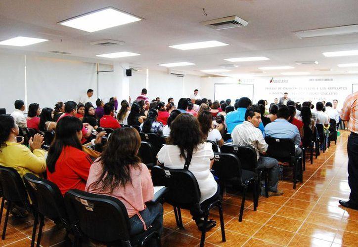 """La SEyC contrató en su momento a 70 maestros """"no idóneos"""". (Redacción/SIPSE)"""