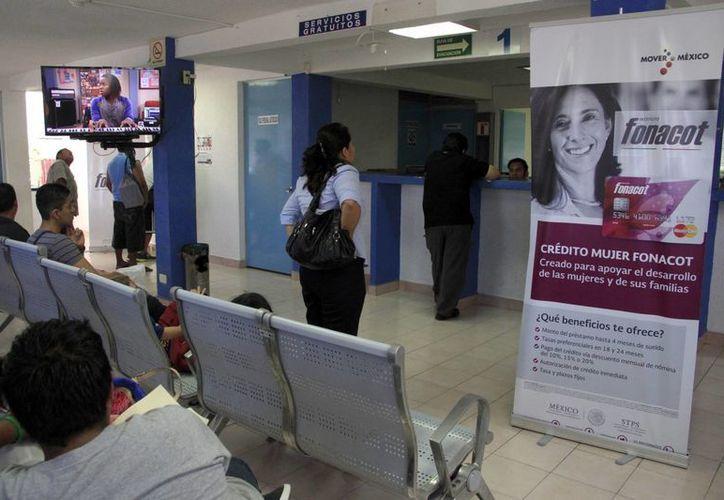 El Infonacot entregó mil 346 créditos a los afectados. (Tomás Álvarez/SIPSE)