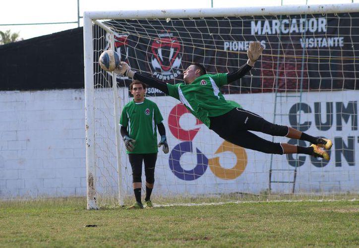 Visita al Toluca en busca de asegurar su calificación en   la Liga Premier. (Redacción/SIPSE)