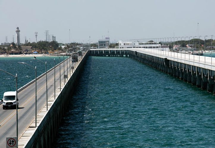 Este lunes, se inauguró el viaducto alterno al muelle de Progreso, Yucatán. La obra costó más de 700 millones de pesos. (Cortesía)