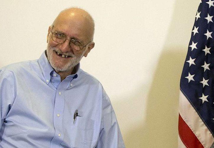 Alan Gross perdió la demanda en la que acusaba al gobierno federal de EU de no haberlo preparado debidamente para los riesgos de trabajar en Cuba, donde estuvo preso. (politico.com)