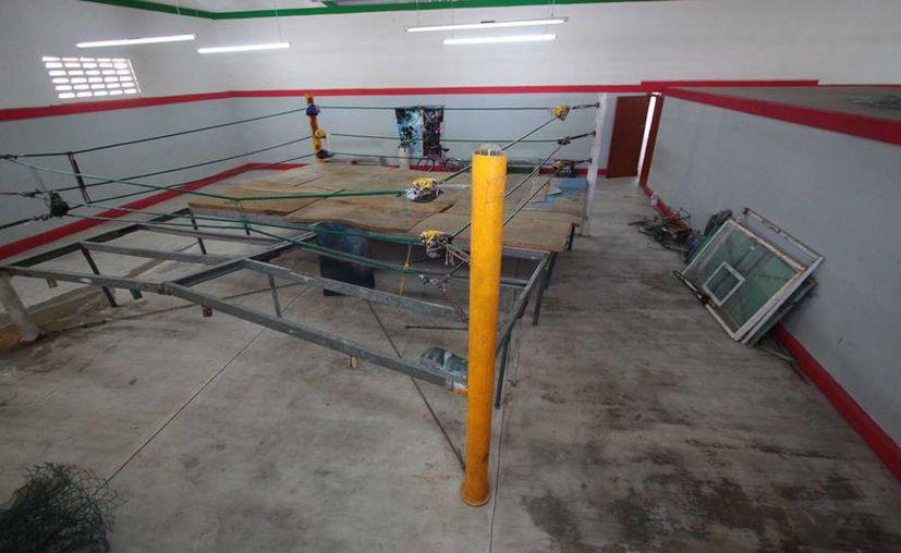 La rehabilitación de espacios destinados al deporte en la isla está contemplada para el próximo año, afirmó la Cojudeq. (Gustavo Villegas/SIPSE)