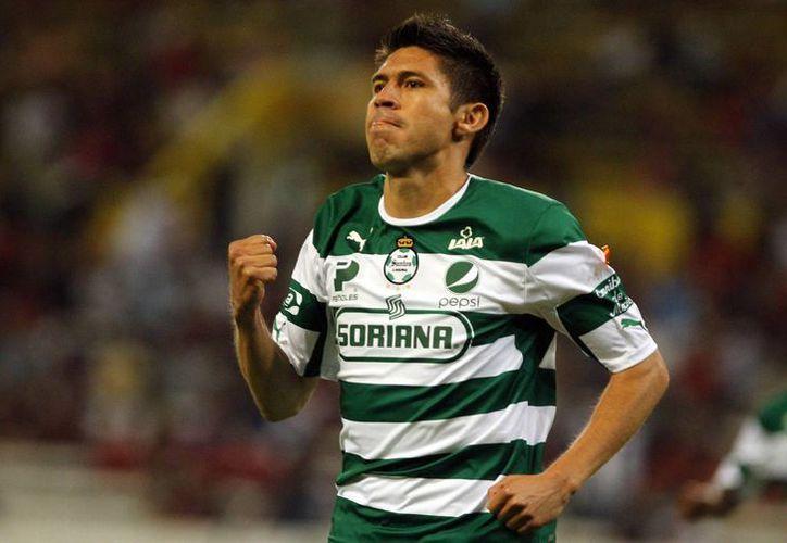La más reciente baja del Santos Laguna fue Oribe Peralta. (laopinion.com)