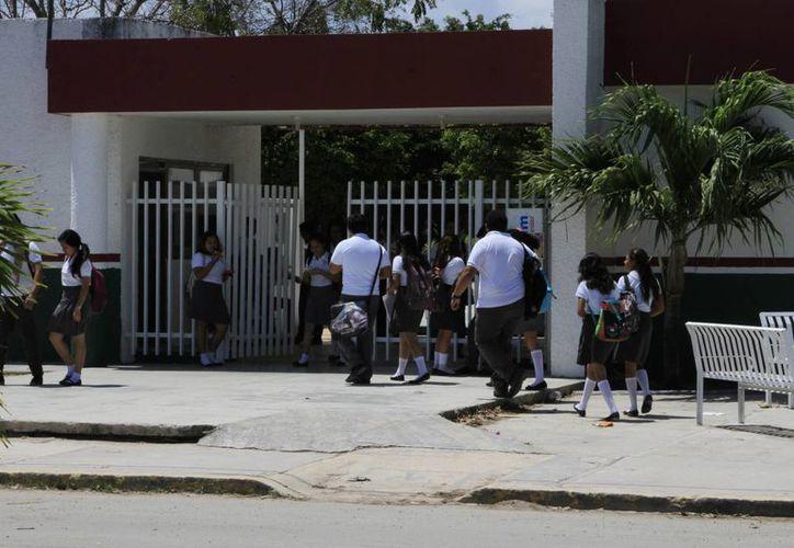 Las carreras más demandadas son las de alimentos y bebidas, laboratorista clínico y enfermería. (Ángel Castilla/SIPSE)