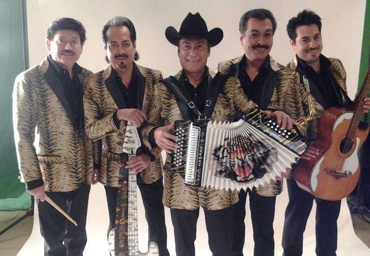 La banda norteña recibirá reconocimiento especial Líder de los Premios Billboard de la Música Mexicana. (Facebook oficial)