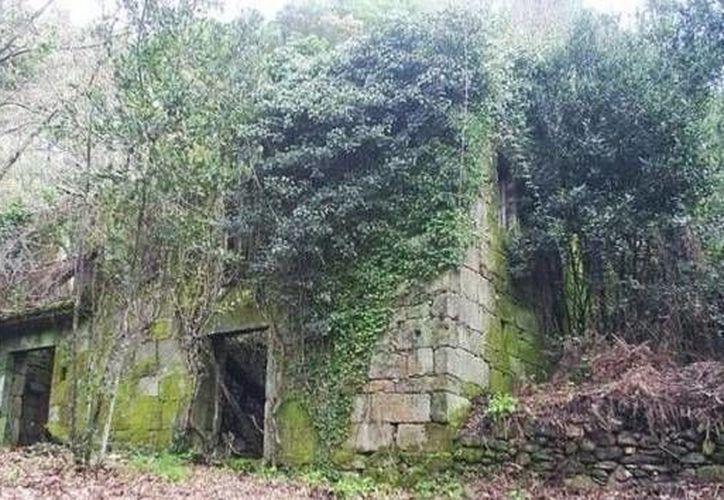 El poblado de A Barca está totalmente deshabitado, sólo cuenta con viejas estructuras de piedra desgastada. (Agencias)
