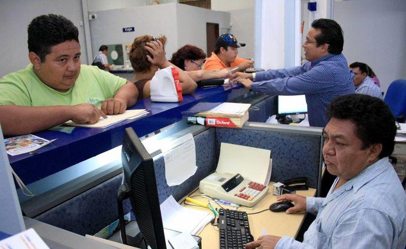 Para que el trabajador haga uso del crédito la empresa debe dar la documentación necesaria al Infonacot. (Milenio Novedades)