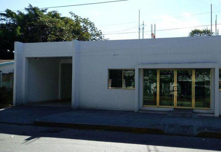 El Centro debería tener fachada de casa y no de oficinas. (Eric Galindo/SIPSE)
