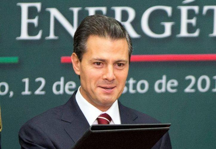 El Presidente señaló que Pemex y CFE 'no se venden ni se privatizan'. (Agencias)