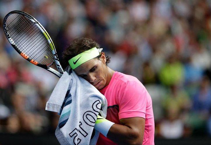 Rafael Nadal, tenista español, quedó fuera del Abierto de Australia 2015. (AP)