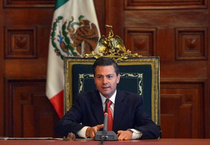 El presidente Enrique Peña Nieto visitará Londres junto con su esposa Angélica Rivera en marzo en el marco de una serie de eventos culturales. (Foto de archivo de Notimex)