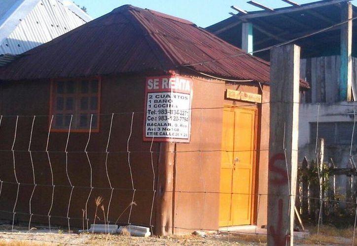 Dos hostales fueron clausurados por operar de forma irregular en Bacalar. (Javier Ortiz/SIPSE)
