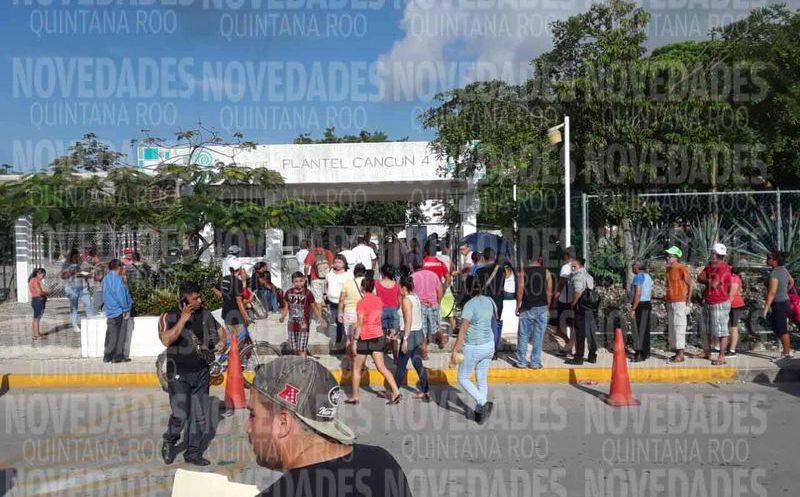 Los ciudadanos están molestos porque no pueden votar. (Raúl Caballero/SIPSE)