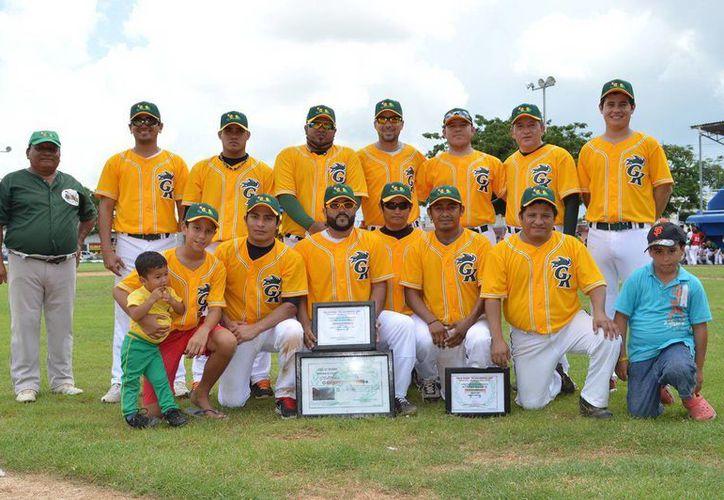 Granjas Kaki es el actual campeón de la Liga de Pacabtún. (Sipse)
