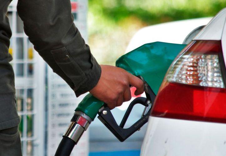 El precio de los combustibles repercute en la inflación. (El Horizonte)