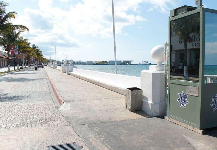 Mientras hacen falta patrullas para la vigilancia de la ciudad, se invierte en la compra de tres casetas de vigilancia. (Gustavo Villegas/SIPSE)