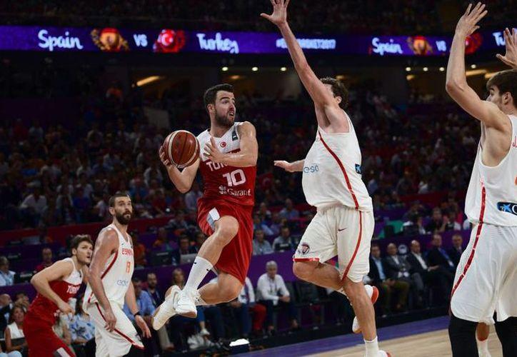 La noche de este viernes, Serbia logró su pase a la final del Eurobasket 2017. (Contexto)