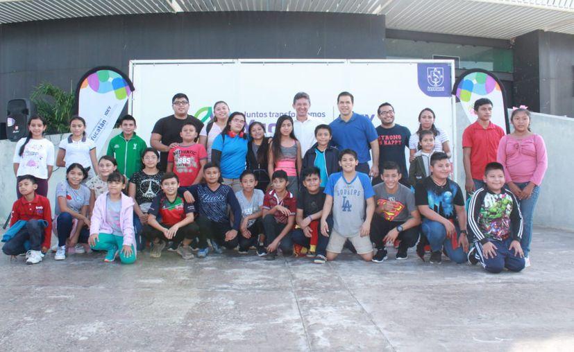 Este jueves una delegación de 26 pesistas partió rumbo a Celaya, Guanajuato. (Novedades Yucatán)