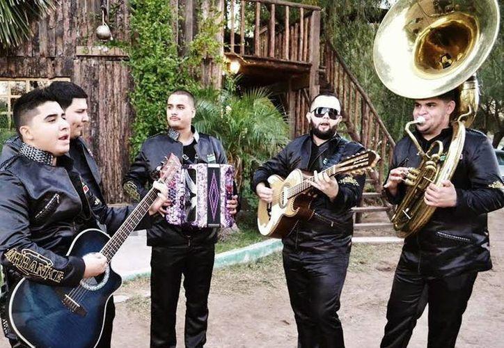 La agrupación, complacida con la respuesta del público hacia su música. (Milenio Novedades)