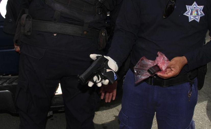 Sujeto asaltó a un menor con una pistola de balines. (Ángel Castilla/SIPSE)