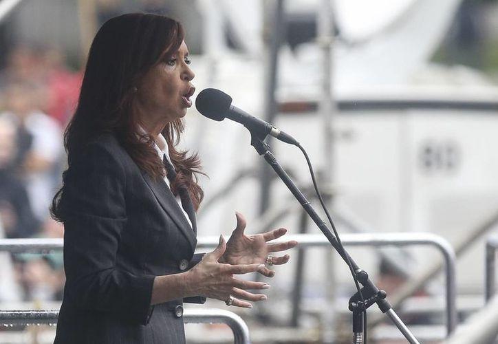 El extinto fiscal Alberto Nisman aseguraba que Cristina Fernández pactó con Irán para mantener en la impunidad a participantes de un ataque en 1994. (EFE)