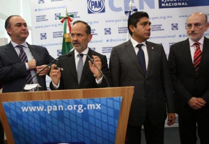 El líder nacional del PAN, Gustavo Madero en conferencia de prensa. (Milenio Novedades)