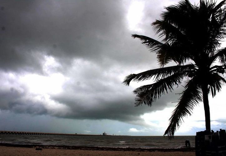 En Yucatán hay un 80 por ciento de probabilidad de lluvias torrenciales, indicó el SMN. La gráfica corresponde al puerto de Progreso. (SIPSE)