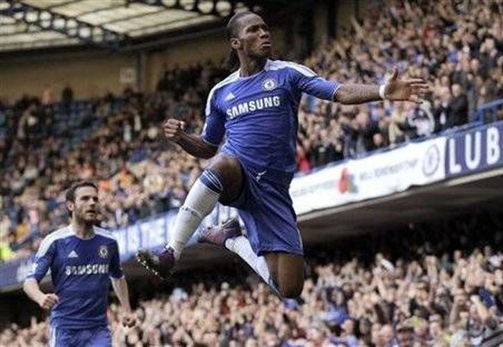Didier Drogba ha sido de los arietas más letales que ha tenido el Chelsea. (AP)