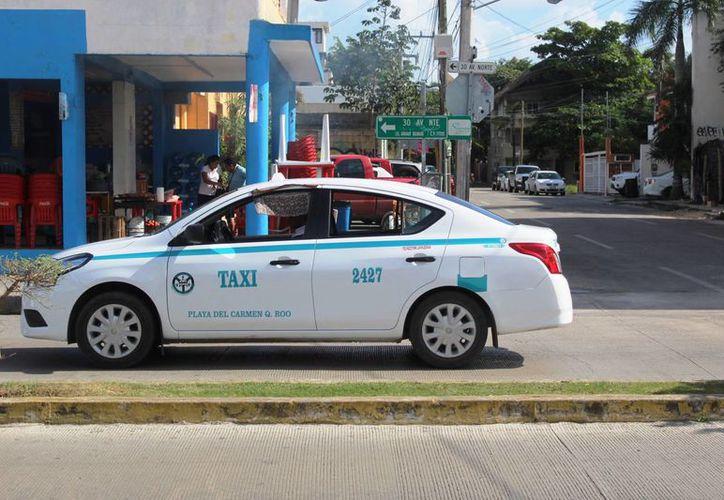 Usuarios denunciaron que los cobros por el servicio se elevaron al 100% en Nochebuena. (Foto: Octavio Martínez/SIPSE)