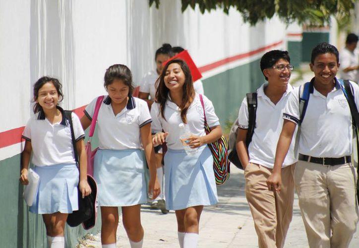 El nuevo Programa Nacional de Convivencia Escolar establece tres tipos de acoso a combatir. (Jesús Tijerina/SIPSE)