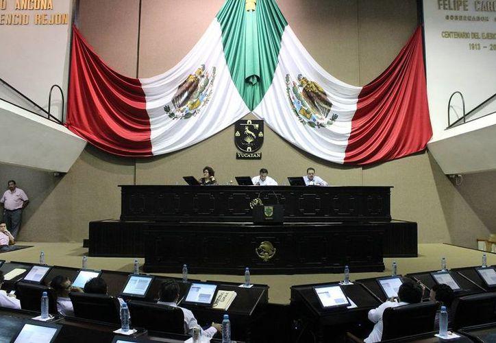 En la sesión ordinaria de este martes, en el Congreso de Yucatán, se recordó la conmemoración del Día Internacional de las Personas con Discapacidad. (SIPSE)
