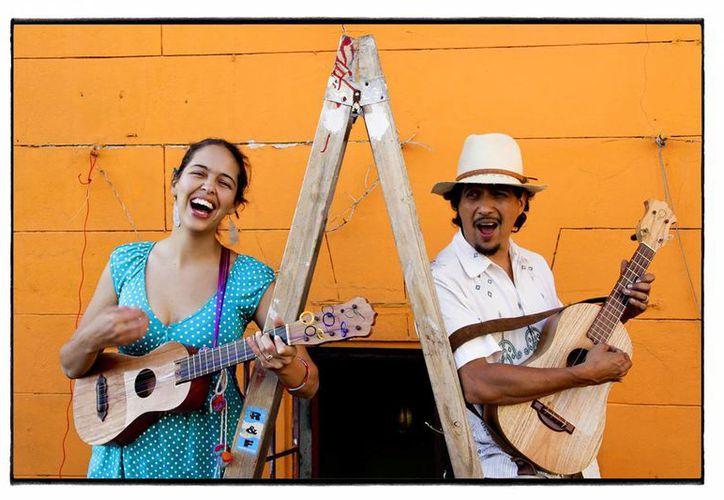 El dueto 'Los Chalanes del Amor' se presentarán en Puerto Morelos. (Cortesía)