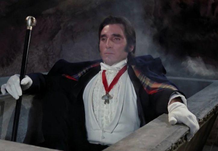 Murió Aldo Monti, actor y productor italiano que hizo muchas películas y telenovelas en México, y que interpretó a Drácula contra El Santo. (morbidofest.com)