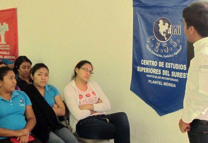 Talleres del CEES. (Foto: Milenio Novedades)
