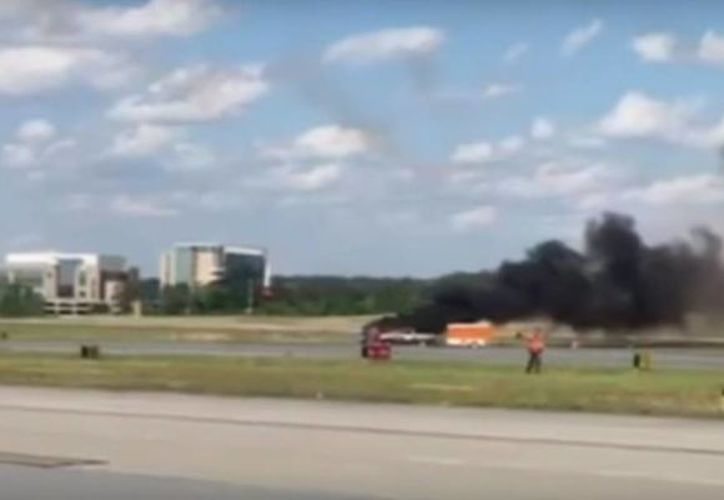 El piloto era el único a bordo del avión cuando se estrelló a las 4:49 de la tarde. (Captura de pantalla)