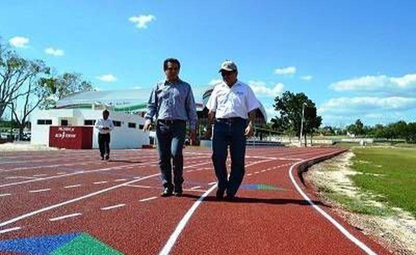 La Unidad Deportiva queda a disposición de los deportistas locales, siempre y cuando se le dé el uso adecuado. (Redacción/SIPSE)