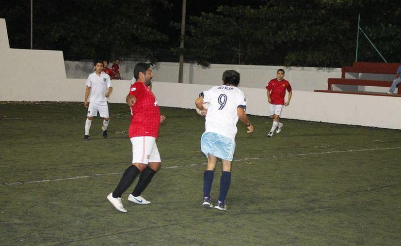 El pasado viernes se llevó cabo la final del torneo de consolación de la Liga de Fútbol Rápido del Sistema para el Desarrollo Integral de la Familia (DIF). (Miguel Maldonado/SIPSE)