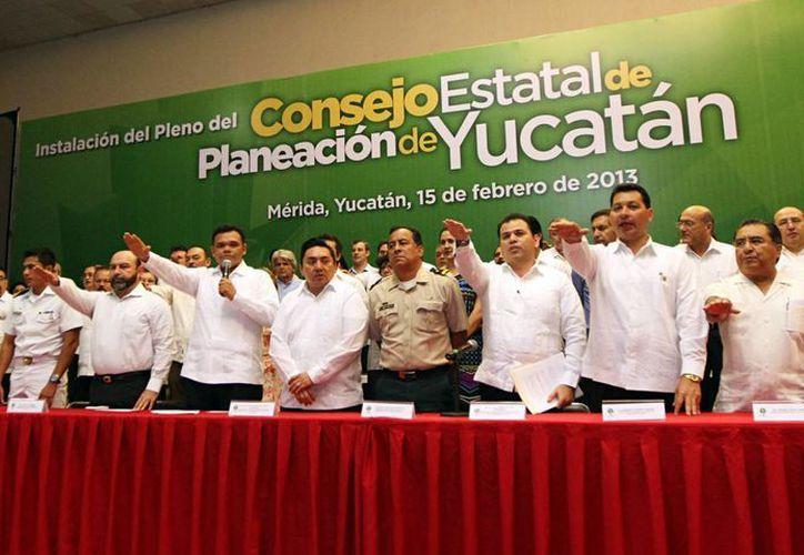 En el Centro de Convenciones Siglo XXI se instaló el Consejo Estatal de Planeación de Yucatán. (Cortesía)