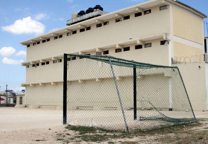 La cárcel tiene una población de alrededor de 700 reos. (Adrián Barreto/SIPSE)