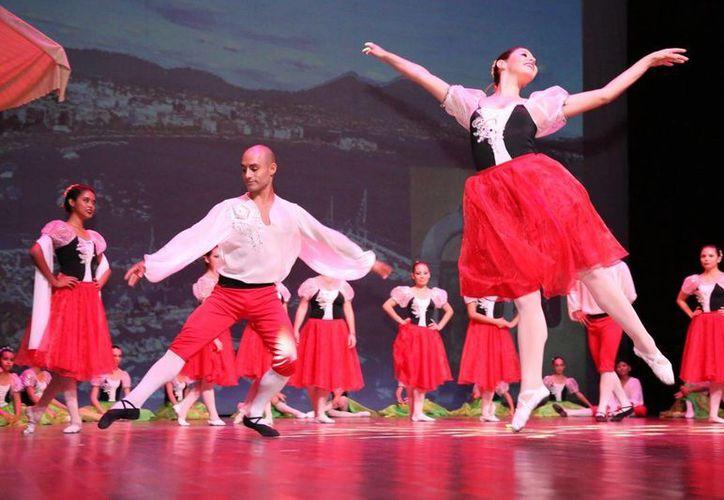 Jóvenes de Playa del Carmen opinan que los eventos artísticos gratuitos previenen adicciones. (Cortesía)