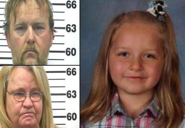 La pareja enfrenta cargos de homicidio en primer grado, abuso infantil con agravante y negligencia infantil con agravante. (thegrid10.com)