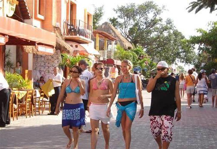 Autoridades buscan que los trabajadores eviten las extorsiones a turistas. (Contexto/Internet)