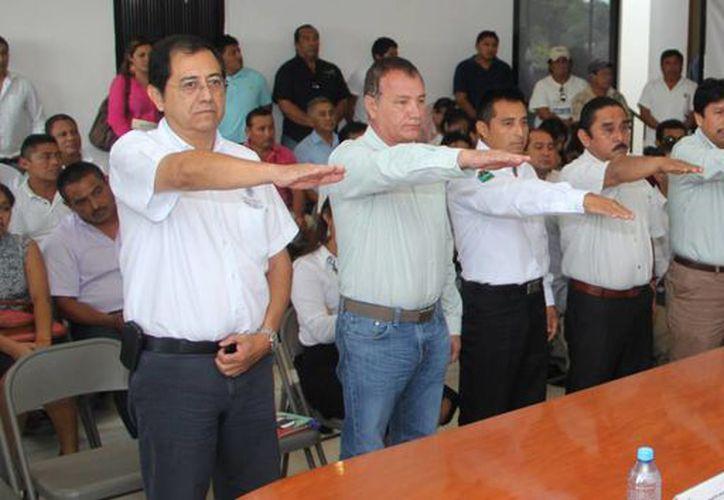 Toman protesta a los nuevos integrantes del consejo. (Rossy López/SIPSE)