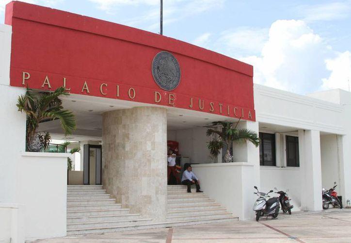 Muchos de los ex magistrados  fueron notarios públicos o desempeñaron cargos dentro del gobierno. (Foto: Eddy Bonilla)